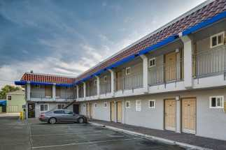 Americas Best Value Inn Richmond - ABVI Richmond-San Francisco Parking